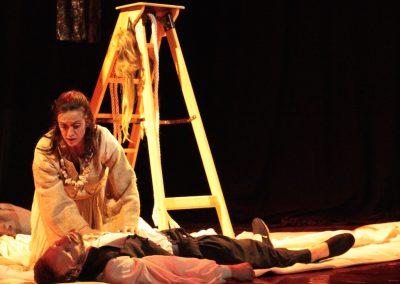 Scène de l'atlantide, du diaporama de la pièce de théâtre de la Compagnie Mascarille.