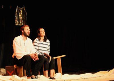 Photo d'une scène du spectacle L'atlantide - de la compagnie Mascarille. Photo du diaporama dans la page descriptive de la pièce.